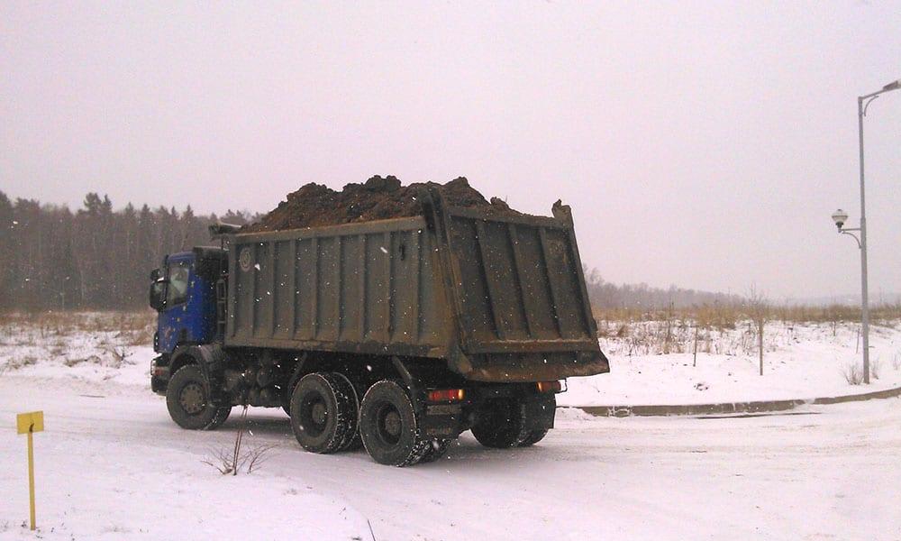 Вывоз грунта зимой