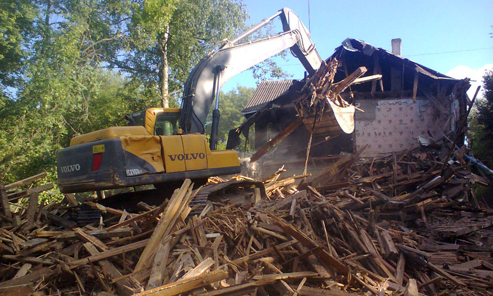 Демонтаж и снос зданий и строений